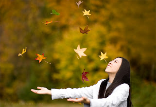 Photo: dancing with leaves  comfortable chill, easily soothed by burrowing deeper into a blanket cocoon smell of cinnamon wafting through the air anticipation and excitement of a flurry of holidays to come +Charles Lu
