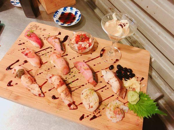 合掌村✿華山市場的排隊頂級日式料理! 推薦頂級12貫~ 超華麗擺盤配上厲害食材! 無敵!!