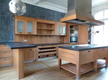 Maison 12 pièces 285 m2