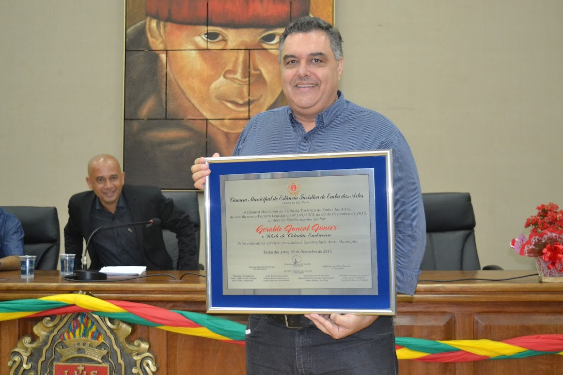 Geraldo Juncal é Cidadão Embuense