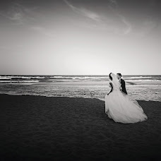 Wedding photographer Miroslava Velikova (studioMirela). Photo of 04.11.2018