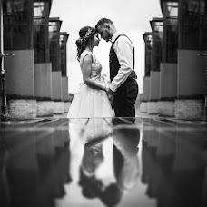 Wedding photographer Vitaliy Fedosov (VITALYF). Photo of 19.12.2017