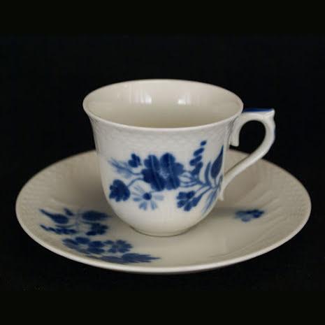 fler föremål Mockakopp med fat blomdekor blå