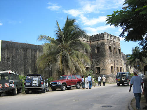 Things to Do in Zanzibar Stone Town and Beyond // The Arab Fort in Stone Town