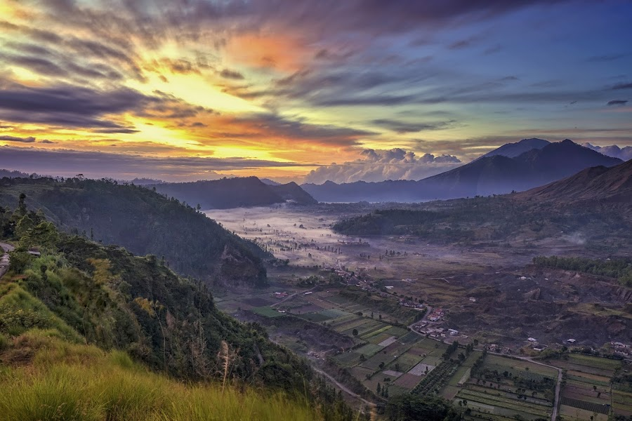 Kintamani by Indrawaty Arifin - Landscapes Mountains & Hills ( hill, mountain, fog, sunrise, valley,  )
