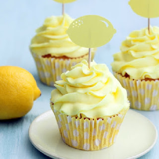 Luscious Lemon Cupcakes & Make it Paleo II Review.