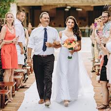 Wedding photographer Kristina Kislicyna (diptychstudio). Photo of 21.10.2017