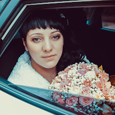 Wedding photographer Sergey Semenov (paparazzi49). Photo of 05.10.2017