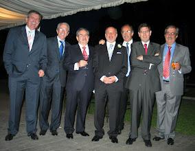 Photo: 5 de Mayo 2007. De izquierda a derecha: Enrique Muñiz Iglesias, Andrés Martínez Trapiello, Francisco Javier San José Recio, Martín Fernández Alonso , José María Cortés Aranaz, Felipe Tascón Casado, y Froilán Cortés Aranaz