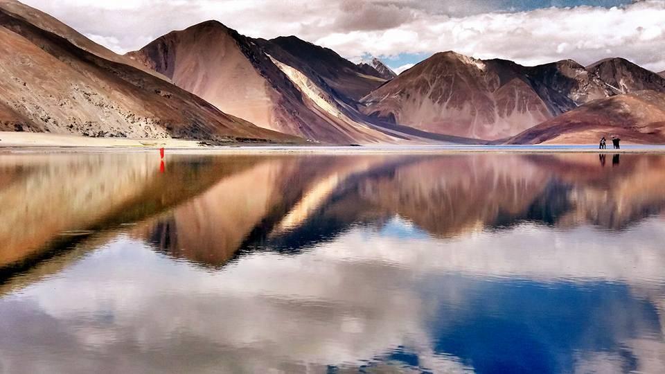 pangong lake leh ladakh_image