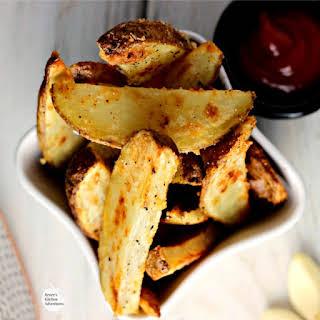 Crispy Oven-Baked Garlic Parmesan Potato Wedges.