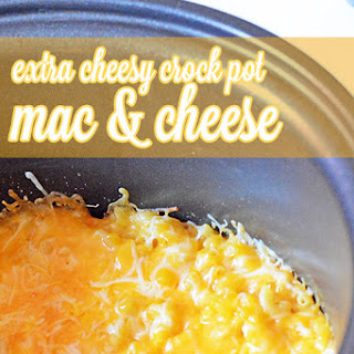 Extra Cheesy Crock Pot Mac and Cheese