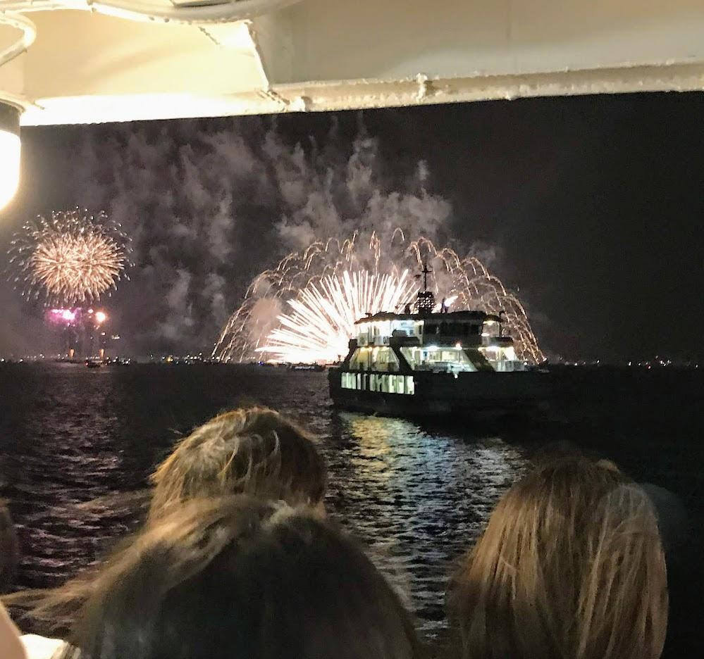 船上から花火