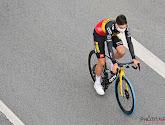 Wout van Aert in Tour de France te zien met opvallende blauwe voorband en daar zit een betekenis achter