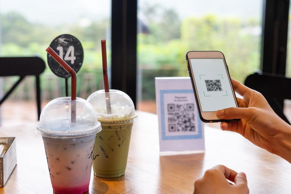 Penggunaan e-menu adalah salah satu langkah praktis dalam digitalisasi bisnis.