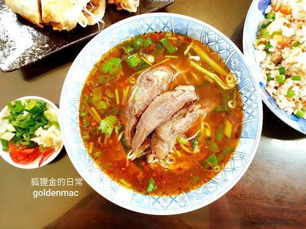 山東餃子牛肉麵館 在地人狂推台中必吃牛肉麵之一 超多美食報導推薦的道地山東美食