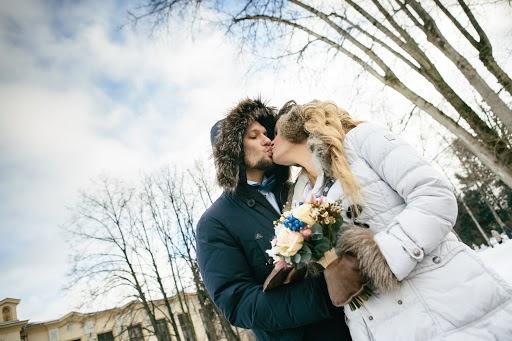 Wedding photographer Sasha Veselovskaya (SashaElo). Photo of 20.03.2017