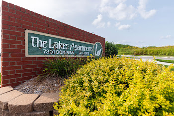 Go to The Lakes Apartments website