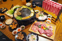 泰豬鍋 Mookata