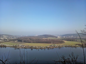 Photo: Kaisberg-Panorama vom Picknickplatz am Harkprtturm aus.