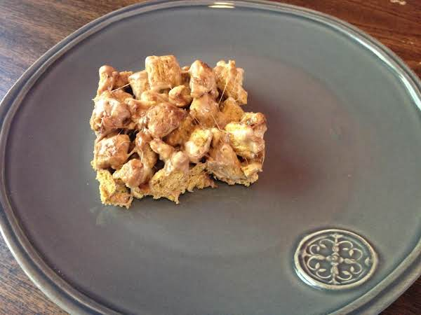 Marshmallow Toffee Cereal Bars
