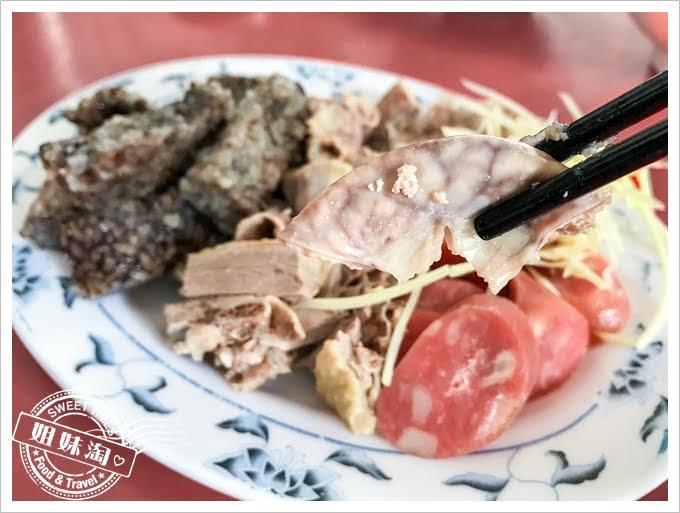阿吉鴨肉麵黑白切粉腸
