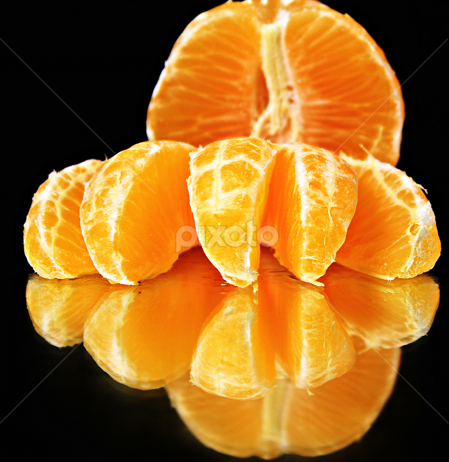 by Dipali S - Food & Drink Fruits & Vegetables ( orange, fruit, reflection, colors )