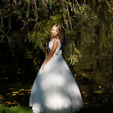 Wedding photographer Nika Nikonenko (NIKA444). Photo of 04.01.2017