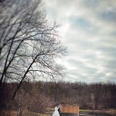 Wedding photographer Varvara Lomancova (VarvaraL). Photo of 03.04.2013
