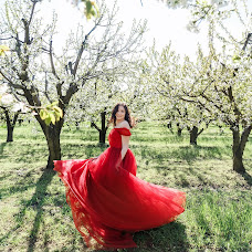 Wedding photographer Vasiliy Chapliev (Michka). Photo of 25.04.2017