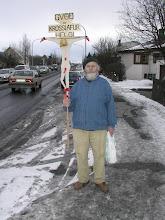 Photo: Helgi með himnasoninn alsberan og krossfestan. Mynd tekin 11. mars 2002