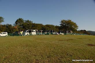 Photo: 10/21快晴です。 7:30現在、すでに参加される方が大勢集まってます。
