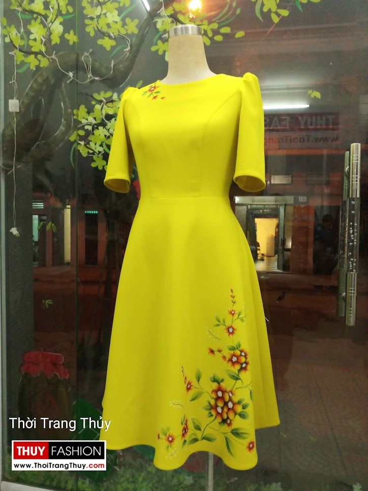Váy xòe thiên họa tiết hoa vẽ tay V657 tại Hải Phòng