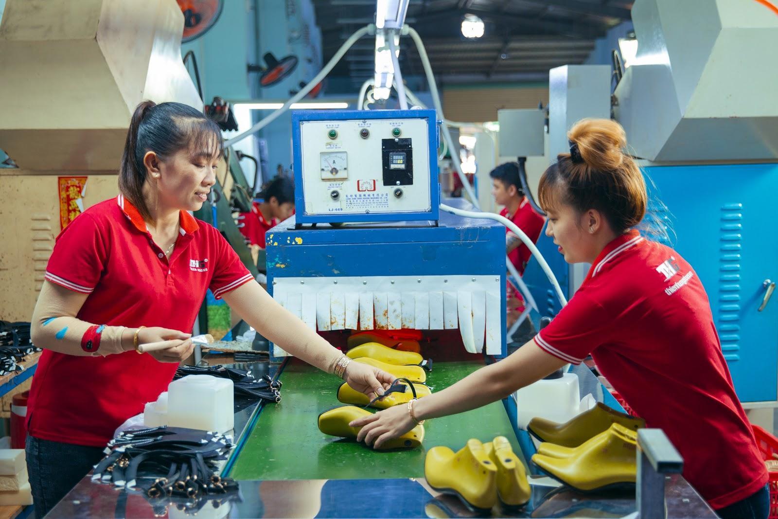 Thienghuongshoes – Bỏ sỉ giày cao gót uy tín, giá rẻ