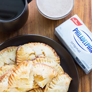 Apple Streusel Cheesecake Pockets