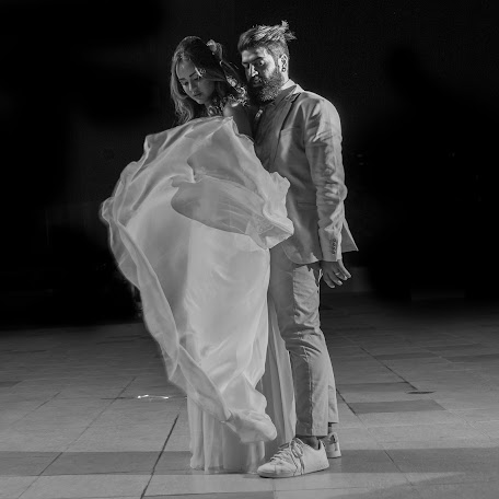 Wedding photographer Alex Oliver (alexoliver). Photo of 22.02.2017