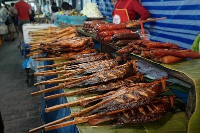 Nachtmarkt in Luang Prabang.