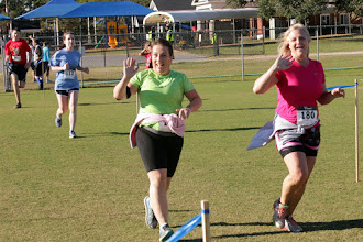 Photo: 112 Karen Thomas, 183 Carol Scott, 180 Kim Vinson
