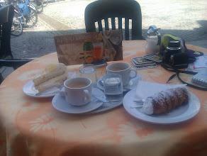 Photo: Kaffe und Kuchen