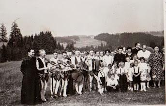 Photo: Prymicje ks. Władysława Kosa. Rok 1964.  Zdjęcie udostępnione prze P.Ewe Aksamit.
