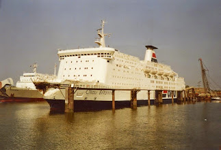 """Photo: """"Olau Britannia"""" in Vlissingen with a strongly damaged bow, after a collision in the Channel with the freighter Mont Louis in August 1984. In the background the """"Wesertal""""."""