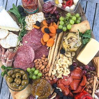 How To Make an Epic Charcuterie and Cheese Board.