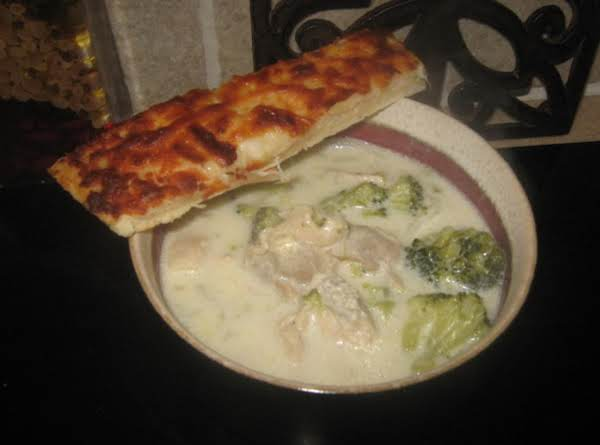 Cheesy Chicken Broccoli Soup Recipe