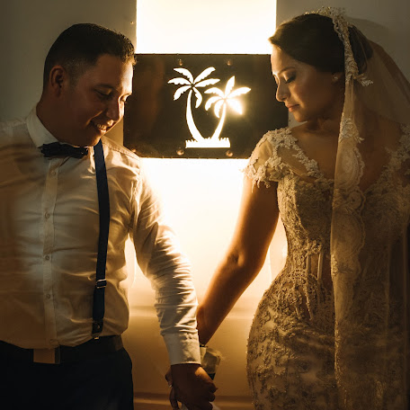 Fotógrafo de bodas Oscar Hernandez (OscarHernandez). Foto del 05.12.2017