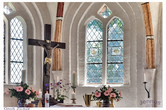Photo: Die hübsche Dorfkirche in Groß Zicker wurde im 14. Jahrhundert erbaut. Dorfkirchen in Norddeutschland: ein Klick auf eines der Fotos und es öffnet sich die Landkarte. http://goo.gl/8Ucf53