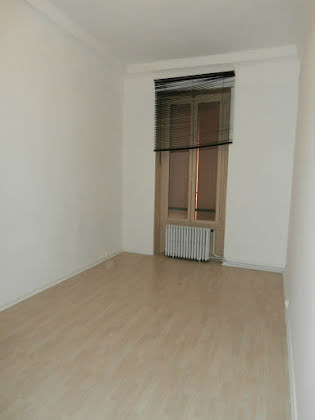 Location appartement 4 pièces 116 m2