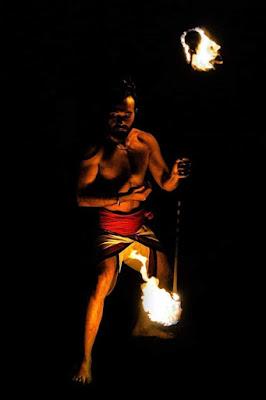 Giocare con il fuoco di Scaletta