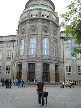 Photo: Outside the Deutsches Museum, Munich's version of the Smithsonian