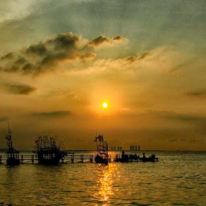 Sunset @ Ancol Beach.jpg