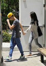 Photo: *EXCLUSIVE* Sherman Oaks, CA - Selena Gomez and Justin Beiber had a lunch date today at Benihana in Sherman Oaks and snuck out the back door hand in hand, with Justin leading the way.  The couple tried to lay low with Justin wearing a hat and sporting blue harem pants while Selena tried to behind her sunglasses and hair.  AKM-GSI          May 26, 2012To License These Photos, Please Contact :Steve Ginsburg(310) 505-8447(323) 4239397steve@ginsburgspalyinc.comsales@ginsburgspalyinc.comorKeith Stockwell(310) 261-8649(323) 325-8055 keith@ginsburgspalyinc.comginsburgspalyinc@gmail.comorThaissa Kantif Voigt(310) 619-0000thaissa.voigt@akmimages.net